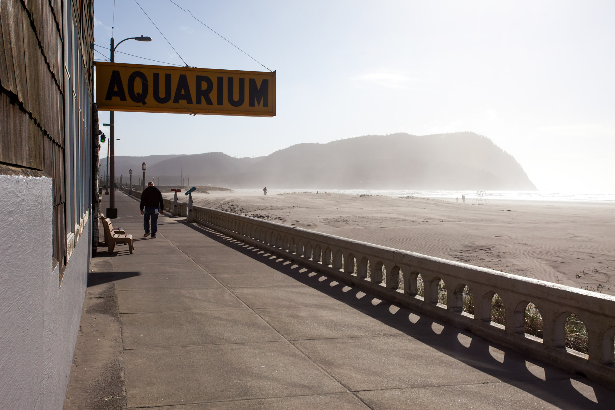 Go to the aquarium in Seaside, Oregon